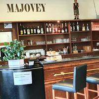 Reštaurácia Majovey