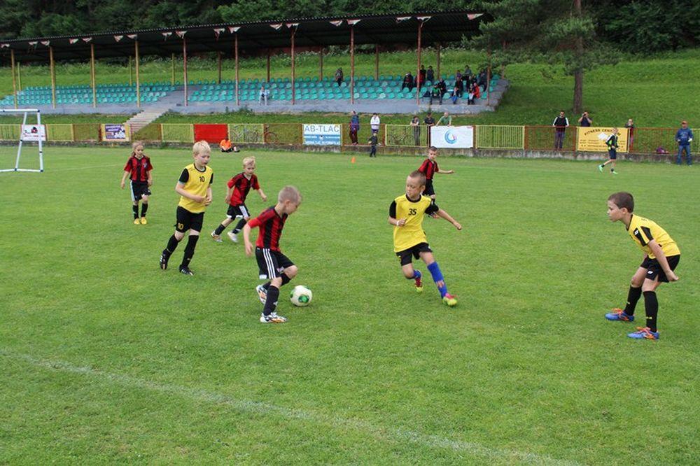 Mladým športovcom sa v Žiline darí vo futbale aj v hokeji, foto 1