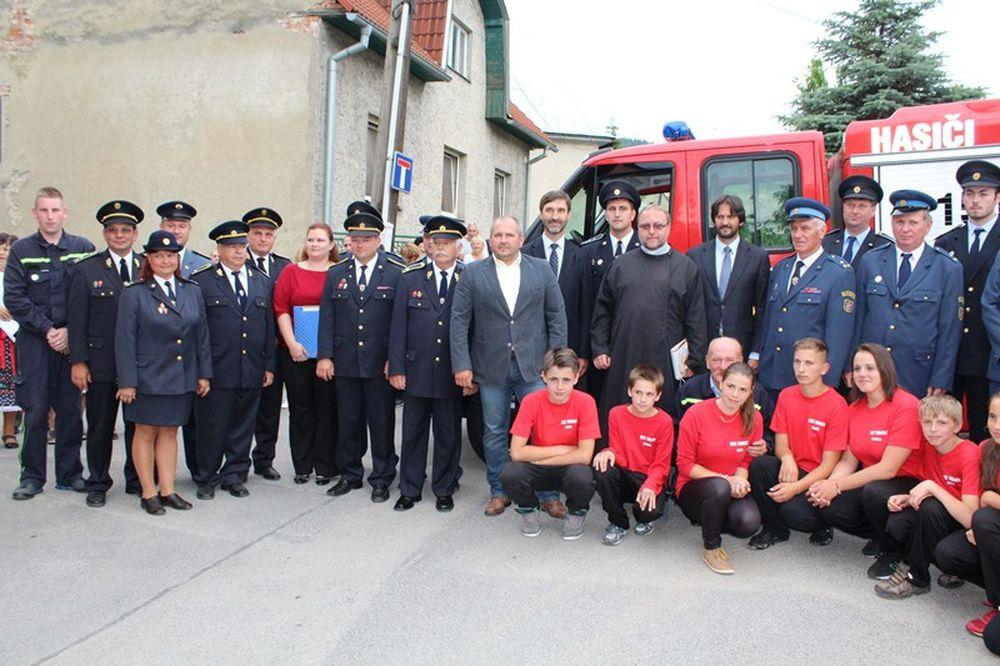 Nové hasičské vozidlo pre DZH Brodno, foto 1