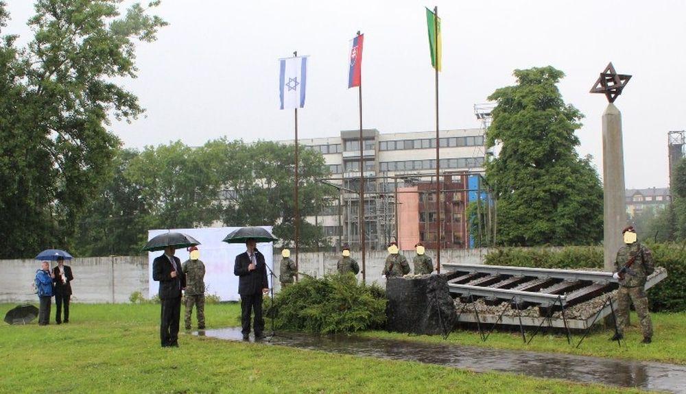 V Žiline si opäť uctili obete holokaustu , foto 4