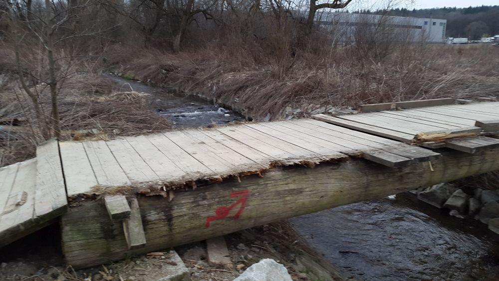 Zničený most cez potok Rosinka, foto 2