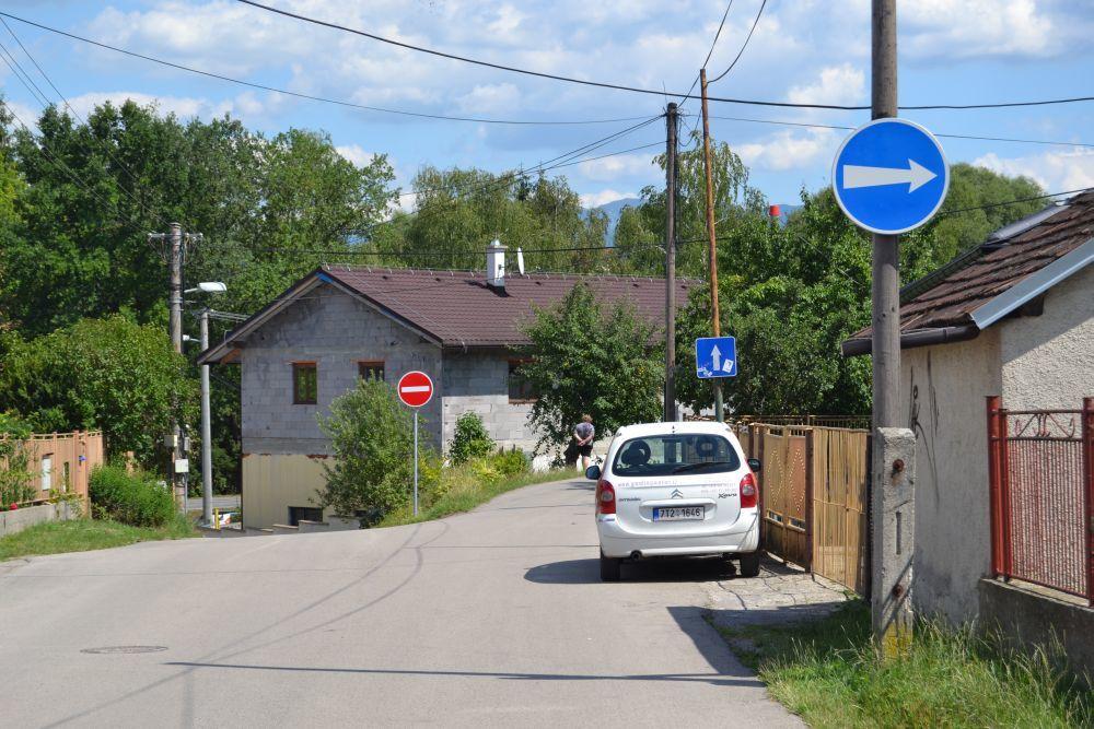 Nová jednosmerná cesta na ulici Majerská, časť Rosinky, foto 5