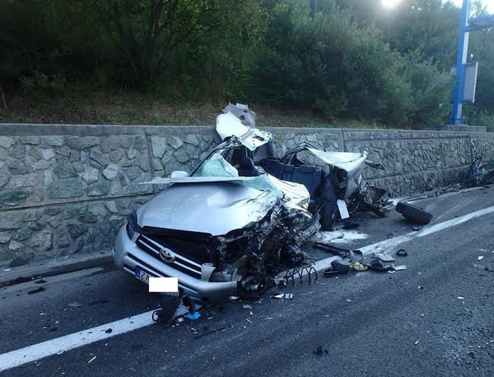 Tragická dopravná nehoda pri Čadci 7.8.2015, foto 9