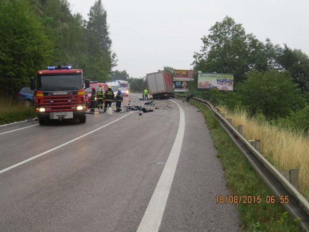 Tragická nehoda pri Strečne 18.8.2015, foto 1