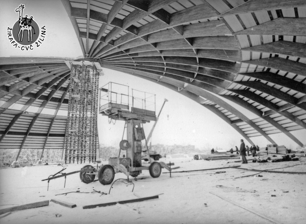 33 fotiek z výstavby športovej haly na Bôriku, foto 19