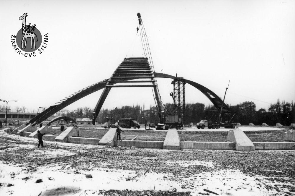 33 fotiek z výstavby športovej haly na Bôriku, foto 20