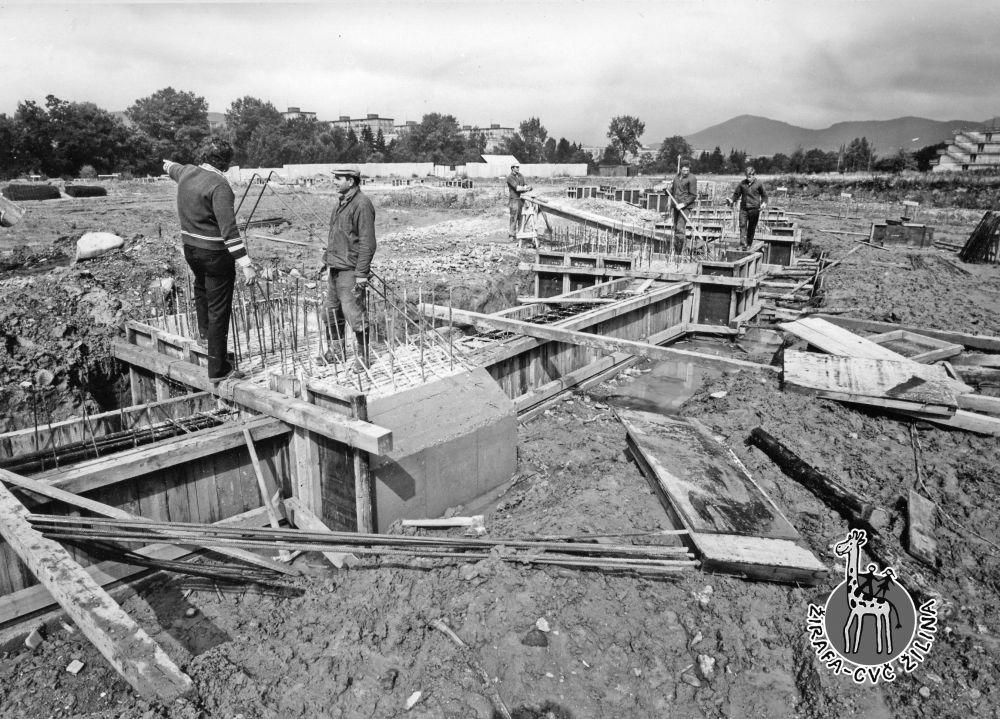 33 fotiek z výstavby športovej haly na Bôriku, foto 24