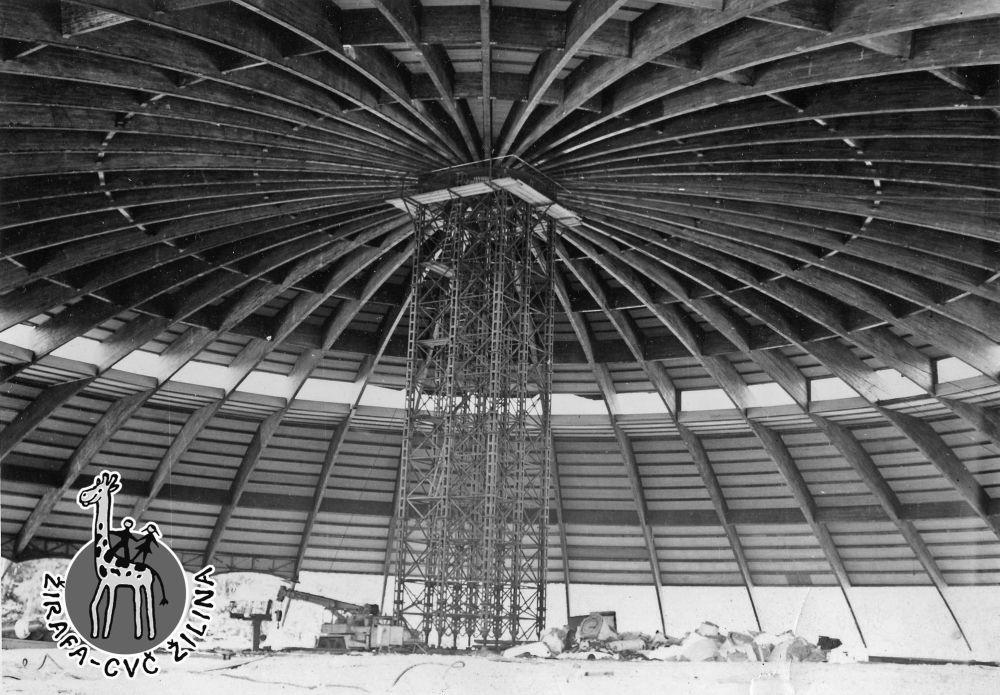 33 fotiek z výstavby športovej haly na Bôriku, foto 25