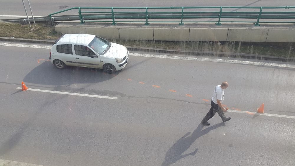 Hrozivo vyzerajúca nehoda pri Rondli, ďalšia na Hollého ulici , foto 9