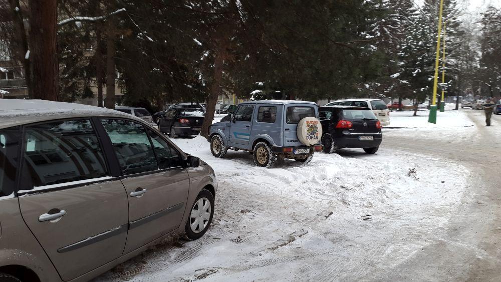Parkovanie v žilinskej nemocnici, foto 1