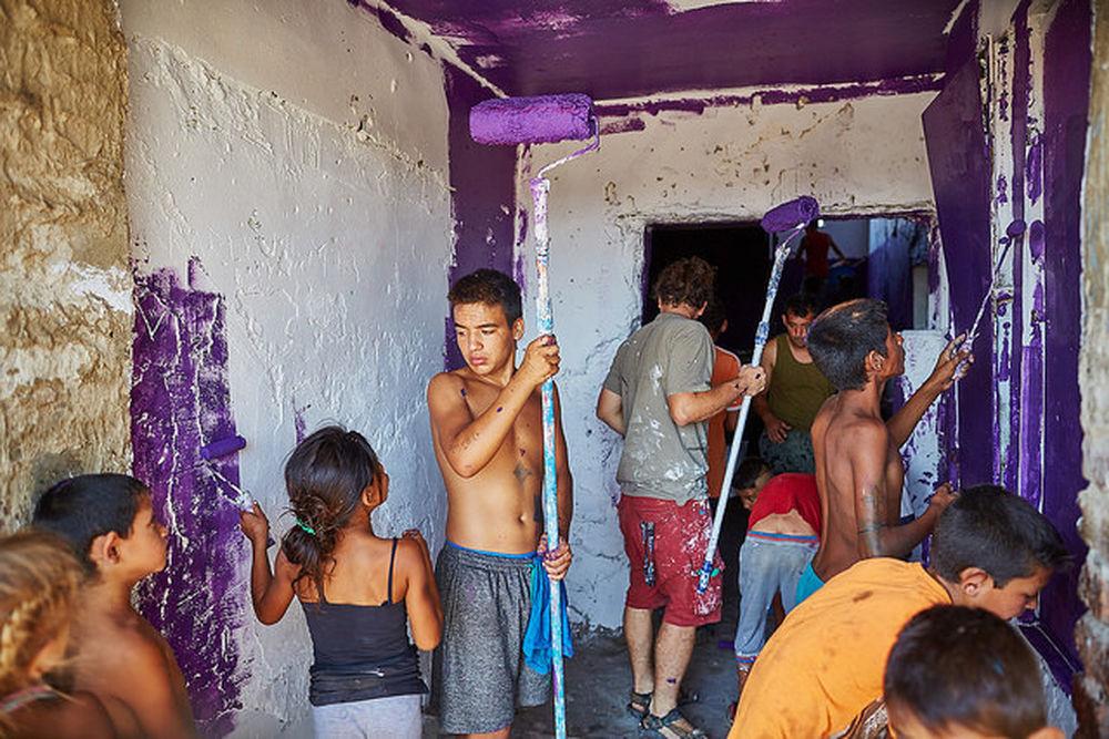 Deti v osade Sečovce snívali s umelcami o lepšom domove, foto 5