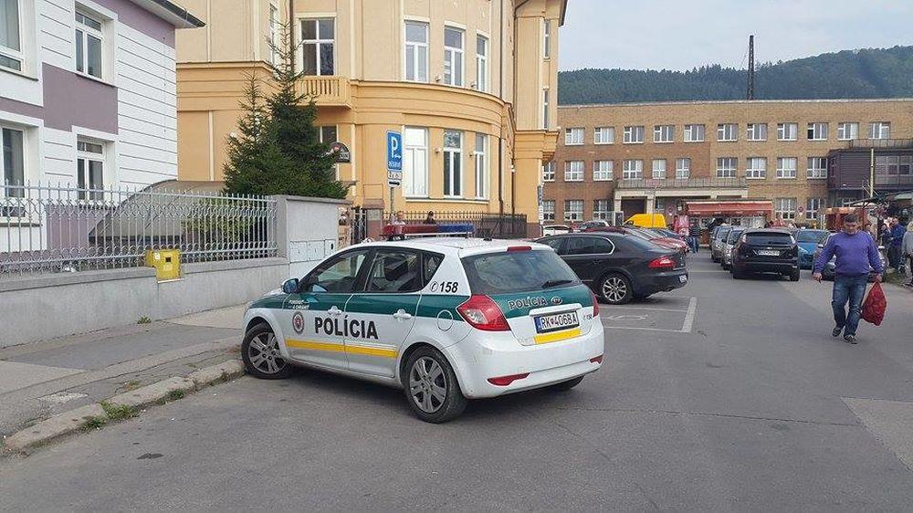 Ohlásená bomba v budove žilinského súdu, foto 2