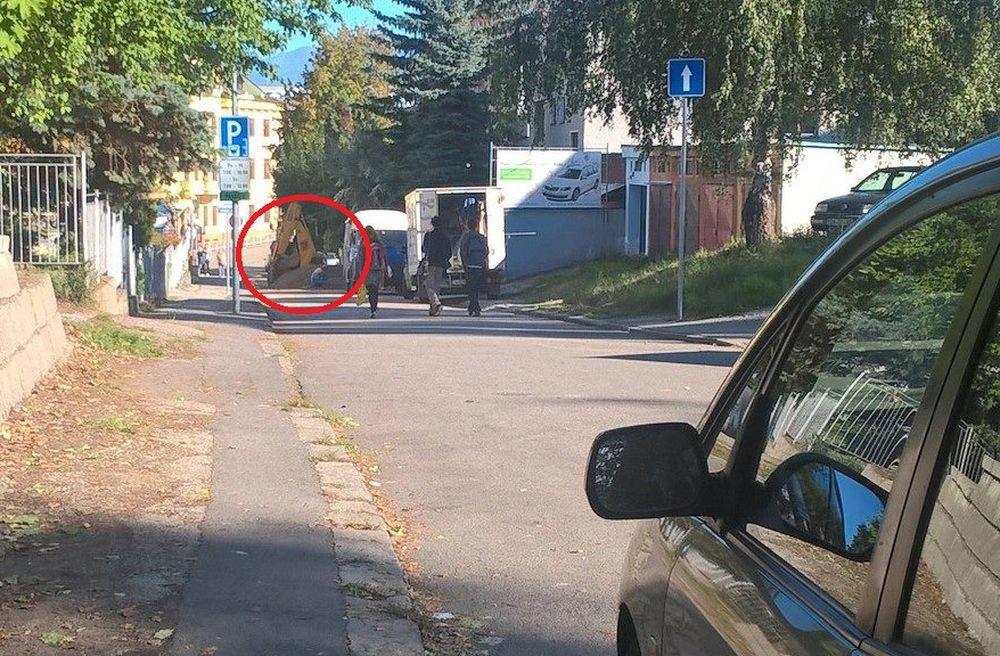 Porucha na vodovodnom potrubí na ulici Murgašova 1.10.2015, foto 1