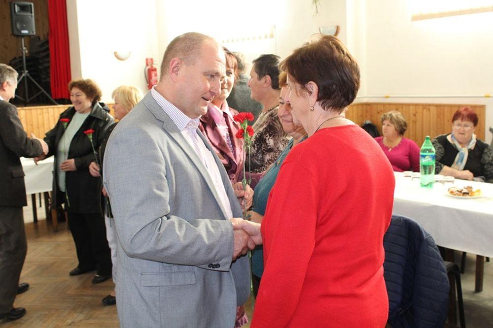 Primátor so zástupcami si uctili seniorov aj v mestských častiach Žiliny, foto 3