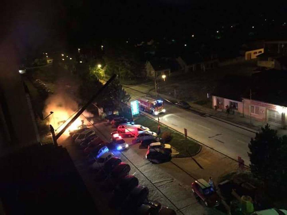 Požiar auta v Rajci 23.10.2015, foto 1