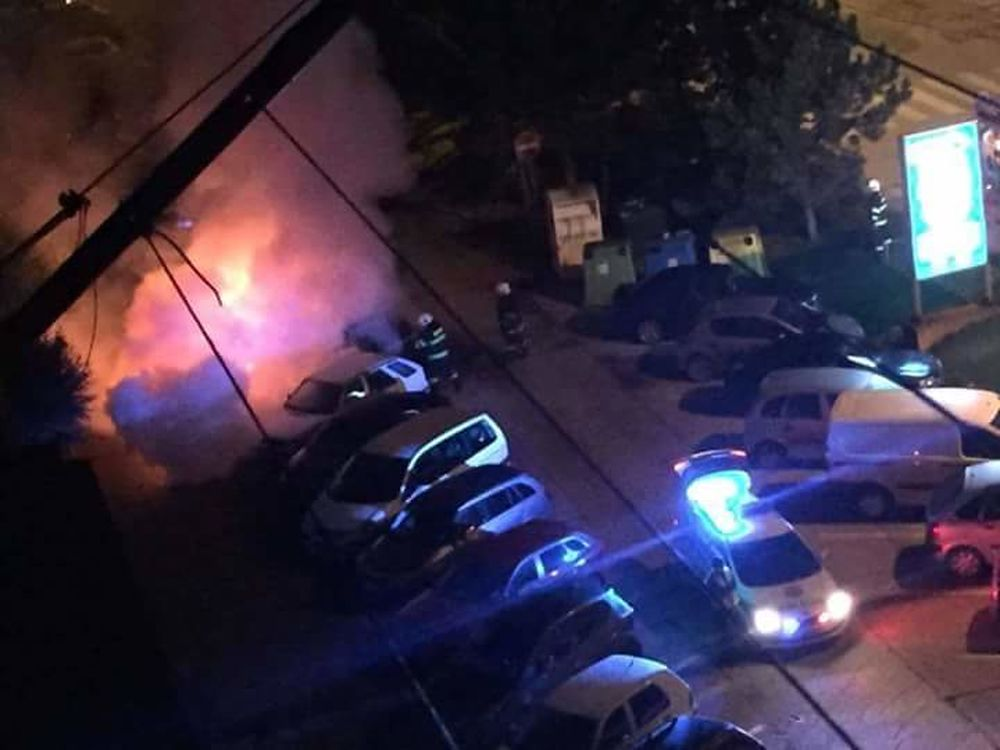 Požiar auta v Rajci 23.10.2015, foto 2