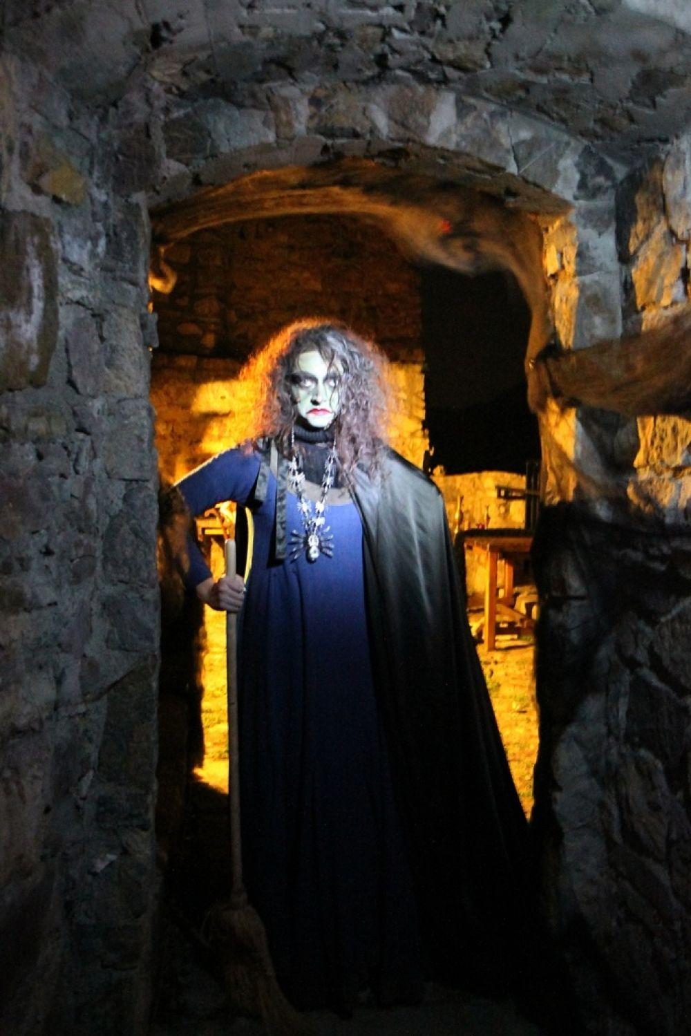 Sezónu na hrade Strečno tradične uzatvára Noc duchov 2015, foto 1