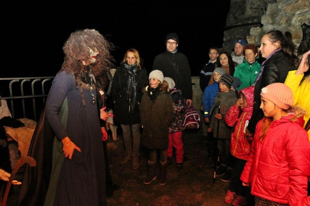 Sezónu na hrade Strečno tradične uzatvára Noc duchov 2015, foto 2