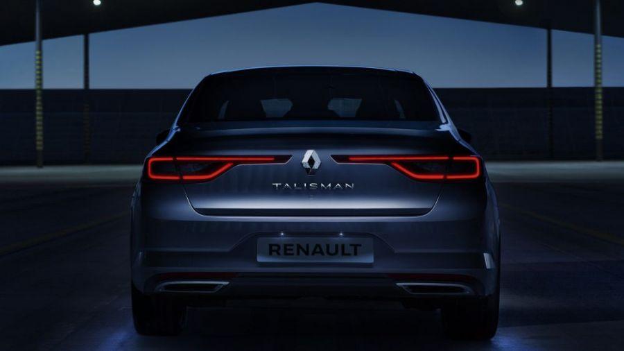 Nový Renault Talisman v Žiline na Košickej ulici, foto 2