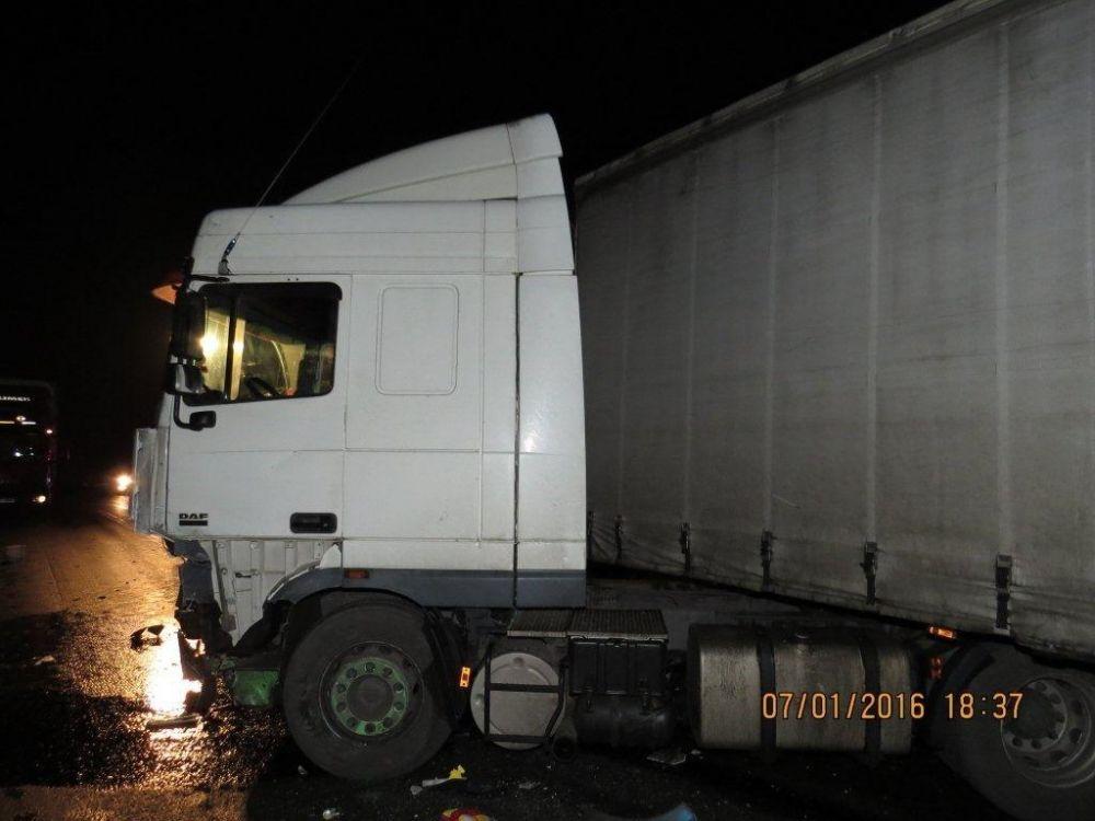 Tragická dopravná nehoda pri Makove - 7.1.2016, foto 3