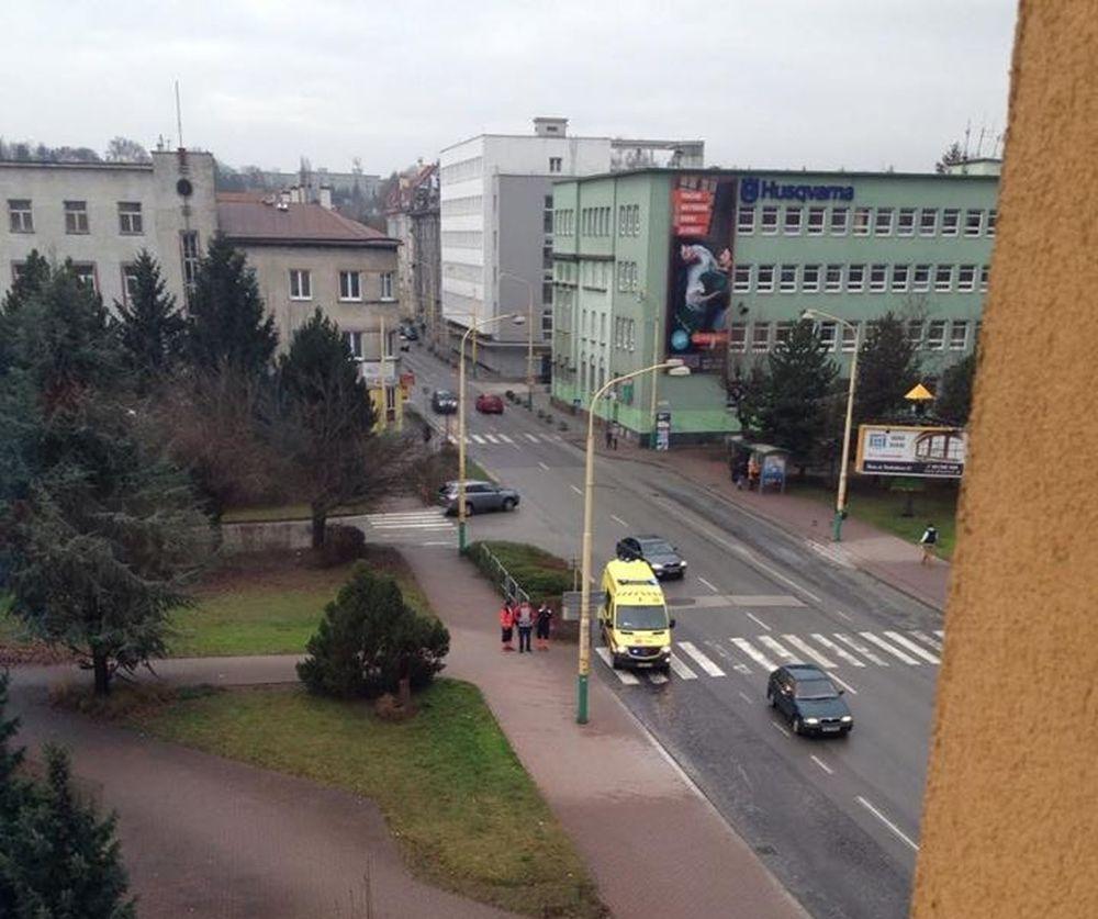Na námestí M.R.Štefánika mali nájsť mŕtvolu, foto 2