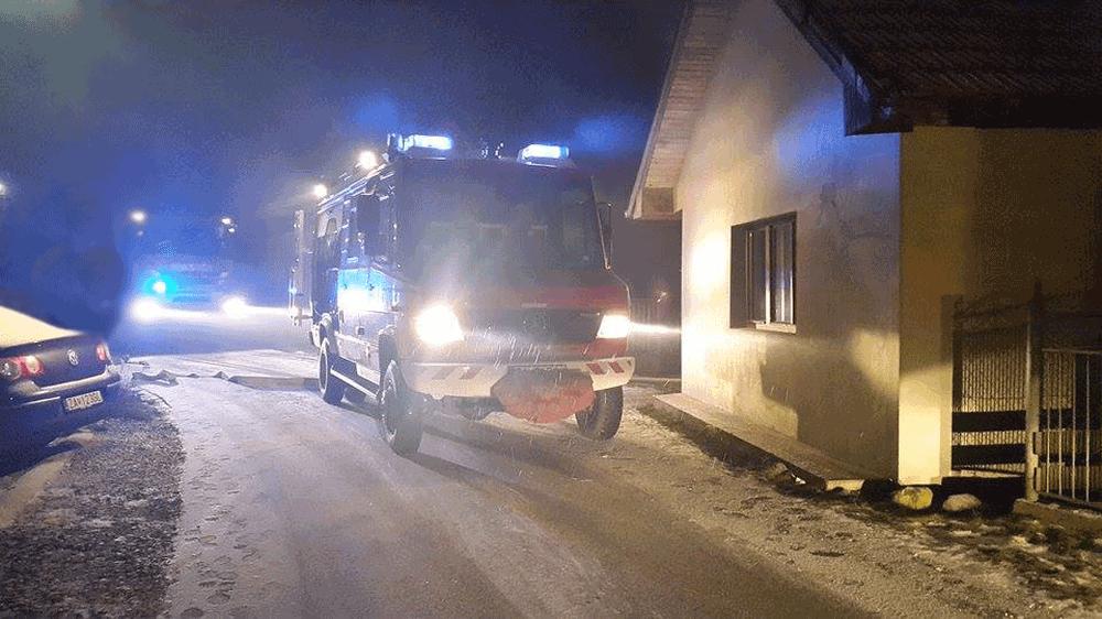 Požiar rodinného domu v Mojši 20.1.2016, foto 1