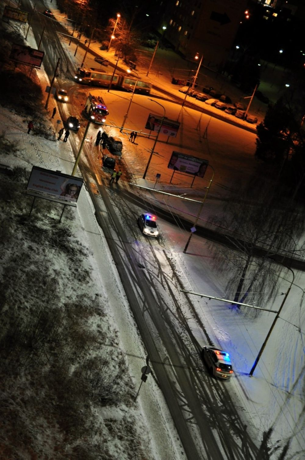 Dopravná nehoda, sídlisko Vlčince - 21.1.2016, foto 3