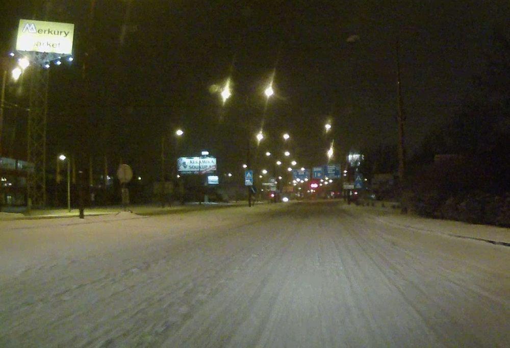 Stav ciest v Žiline po hustom snežení 24.1.2016, foto 2
