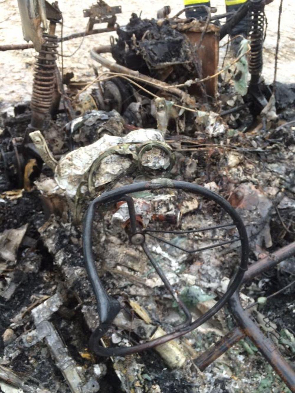 Zhorené auto, po ktorom pátrala polícia, foto 3