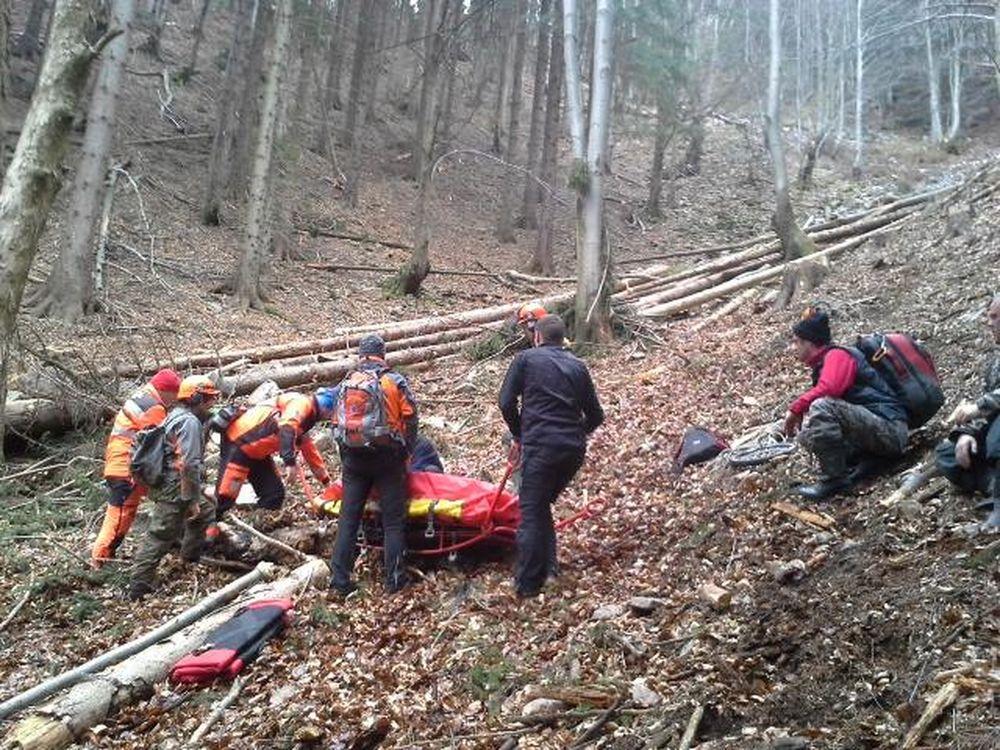 Záchranná akcia horských a leteckých záchranárov v obci Belá, foto 1