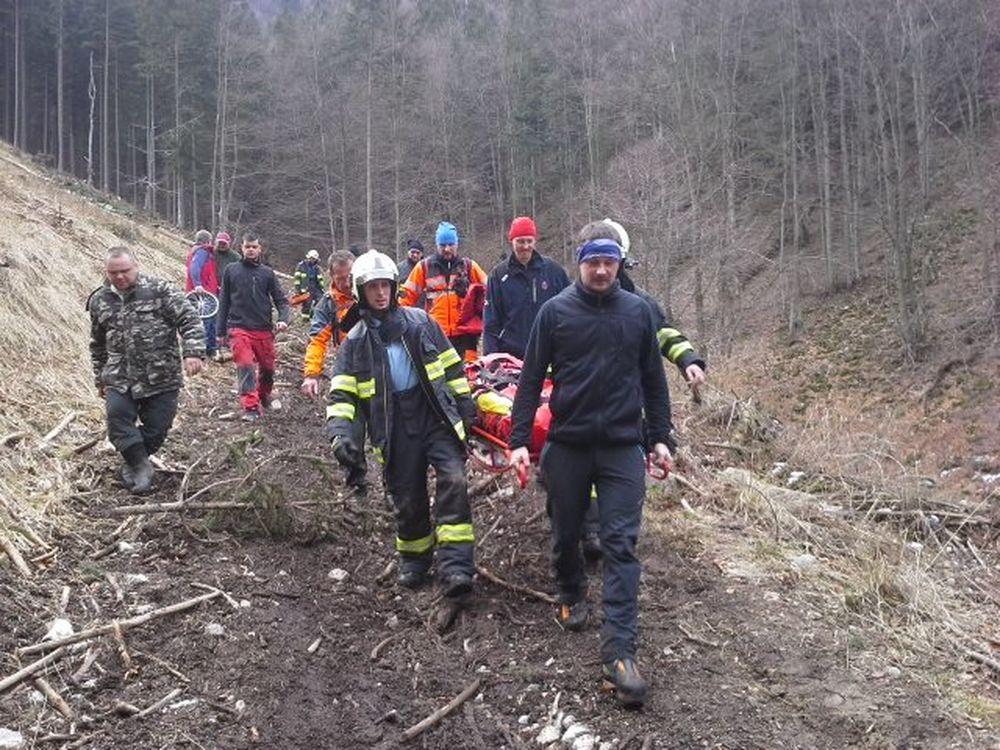 Záchranná akcia horských a leteckých záchranárov v obci Belá, foto 2