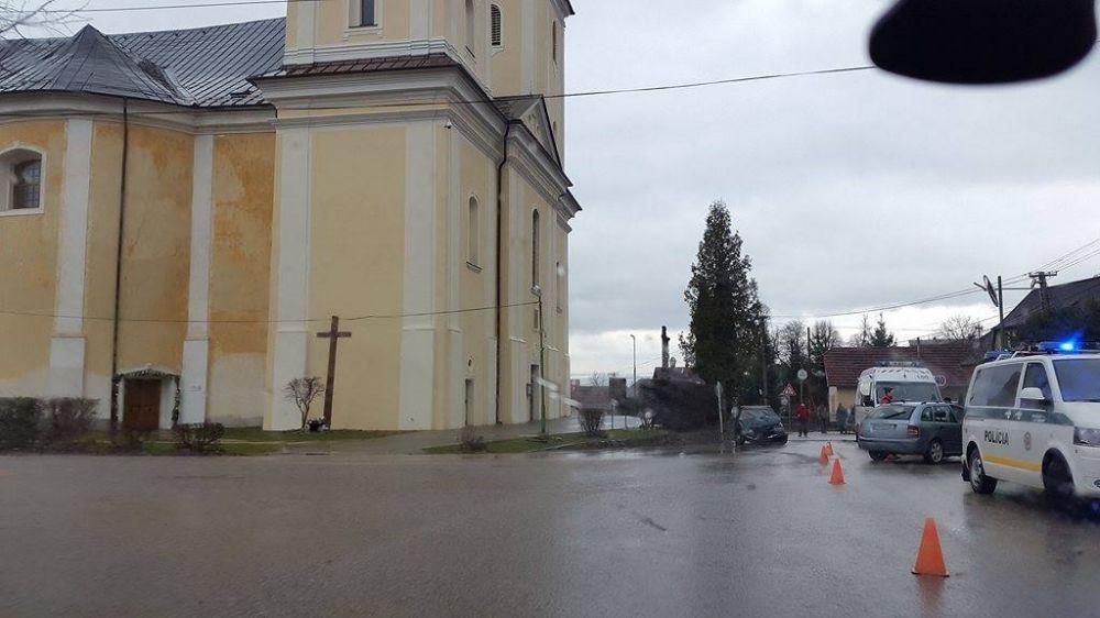 Nehoda Višňové zrážka dvoch automobilov 12.3.2016, foto 1