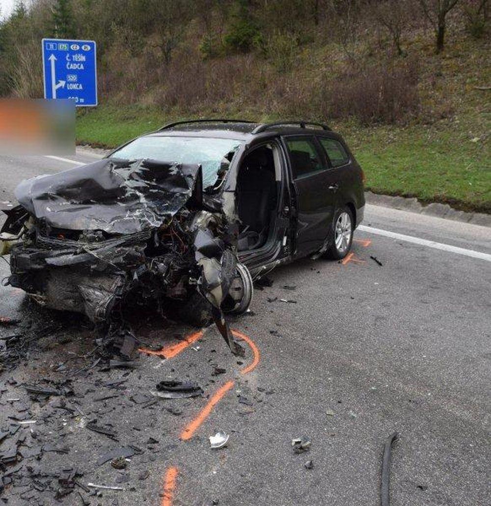 Smrteľná dopravná nehoda - Krásno nad Kysucou 12.4.2016, foto 3