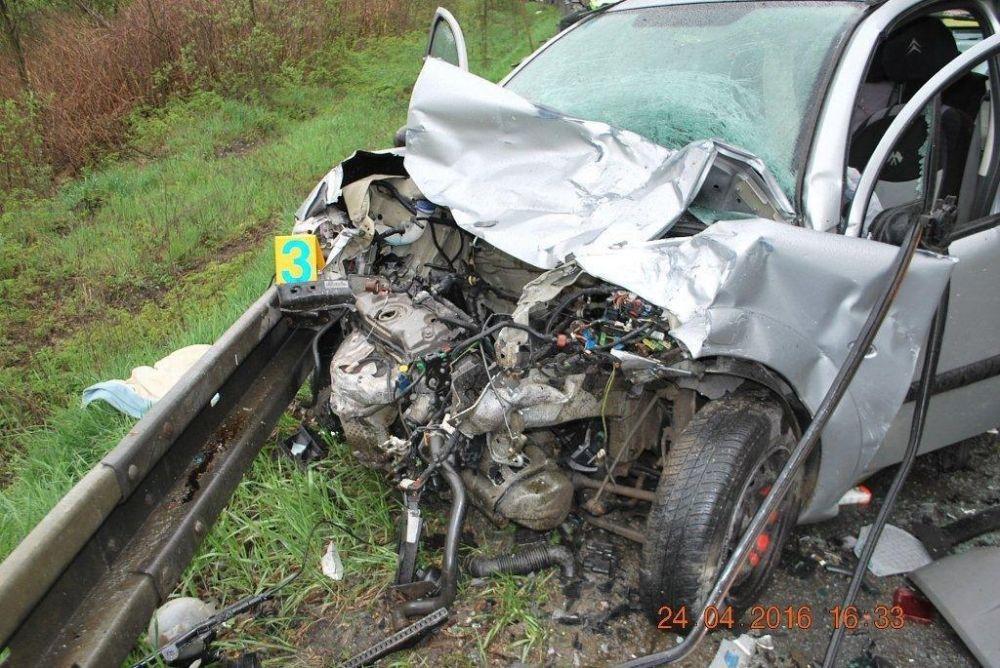 Tragická dopravná nehoda 24.4.2016, foto 4