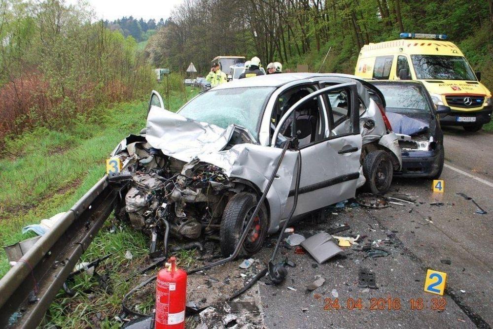 Tragická dopravná nehoda 24.4.2016, foto 6