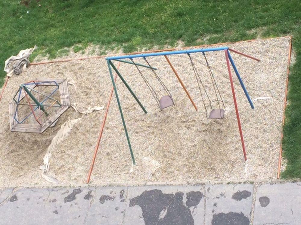 Geotextília na detských ihriskách - nebezpečenstvo pre deti, foto 1