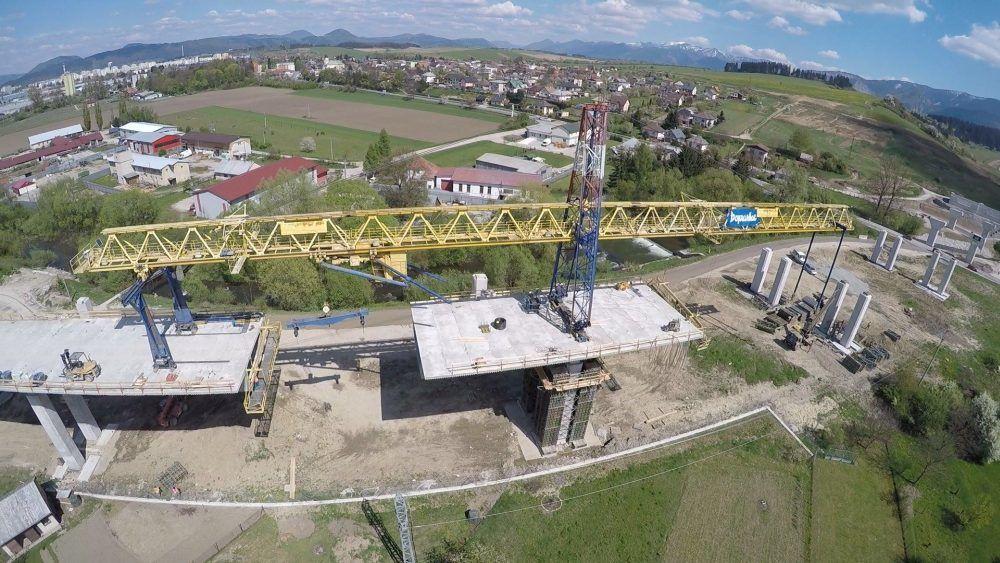 Aktuálne zábery zo stavby diaľnice Žilina - Lietavská Lúčka, foto 3