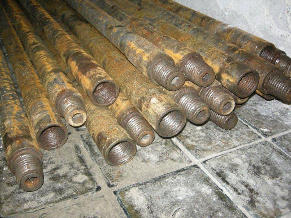 Krádež vrtných tyčí v Považskom Chlmci, foto 1