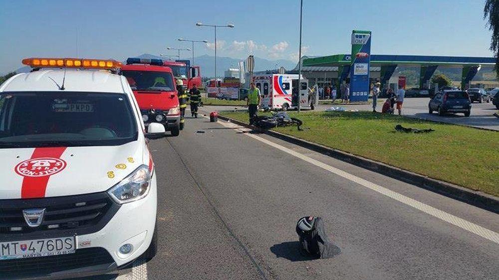 Dopravná nehoda v okrese Martin - motocyklista a nákladné auto, foto 1