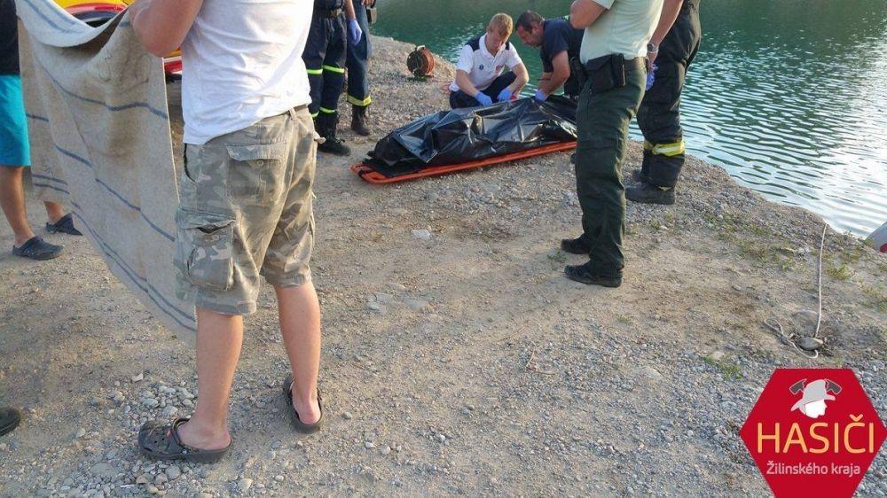 Na Lipoveckých jazerách vo Vrútkach sa utopil muž, foto 2