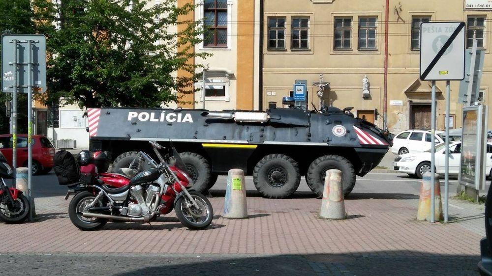 Polícia sa pripravuje na futbalový zápas, rakúski fanúšikovia sú už v Žiline, foto 2