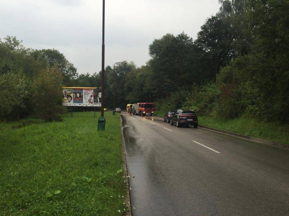 Dopravná nehoda Kvačalova - 21.8.2016, foto 1