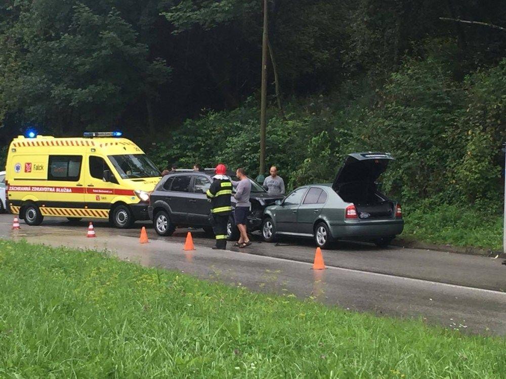 Dopravná nehoda Kvačalova - 21.8.2016, foto 2