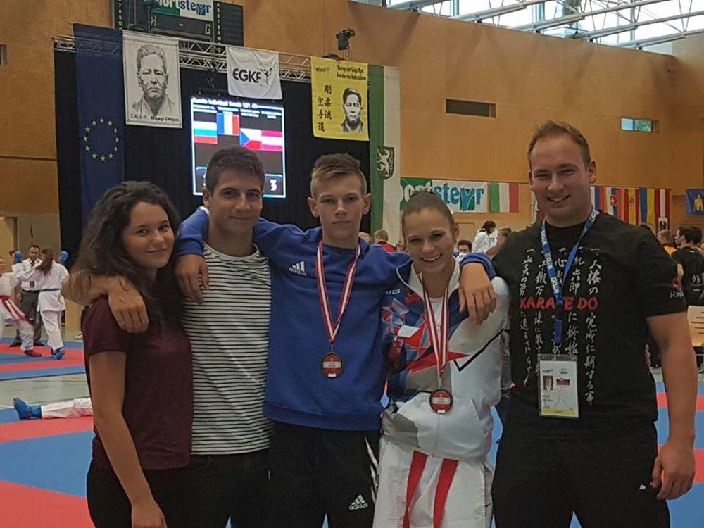 Žilinčania sa umiestnili na stupňoch víťazov na majstrovstvá Európy v karate, foto 1