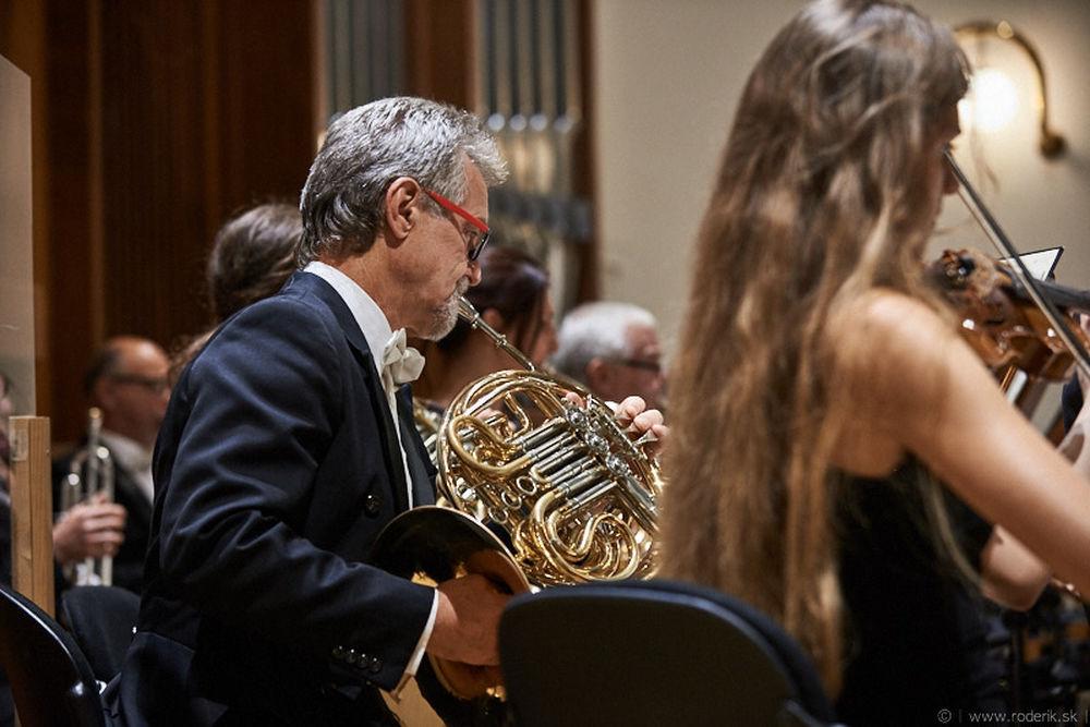 Fotografie z otváracieho koncertu 43. sezóny Štátneho komorného orchestra Žilina, foto 2