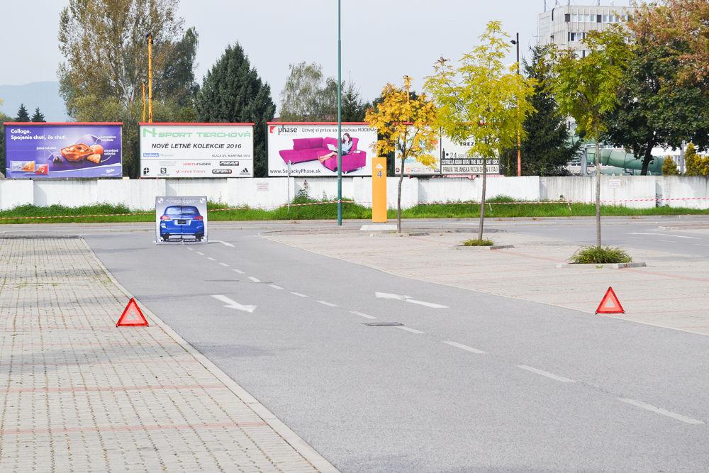 Test Subaru Eyesight na parkovisku pri OC Dubeň, foto 2