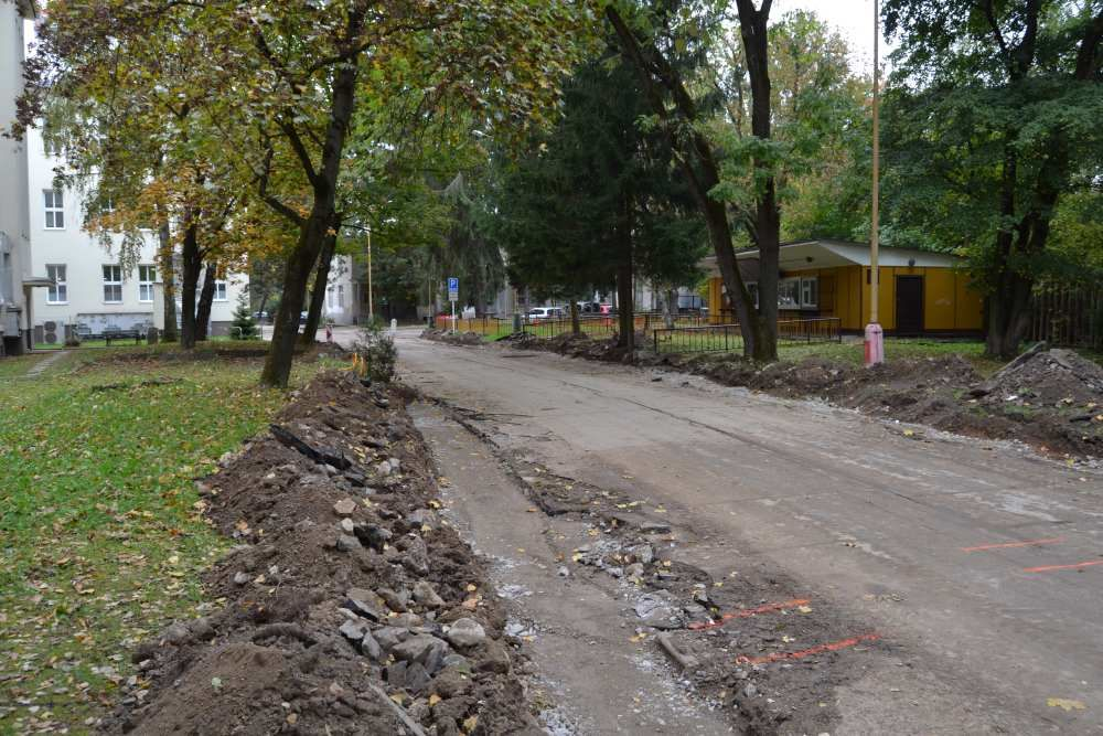 Práce na rekonštrukcii parkoviska v areáli žilinskej nemocnice, foto 1