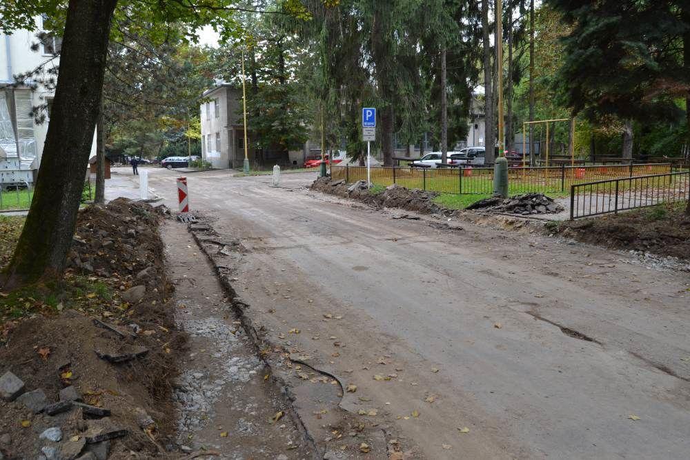 Práce na rekonštrukcii parkoviska v areáli žilinskej nemocnice, foto 3