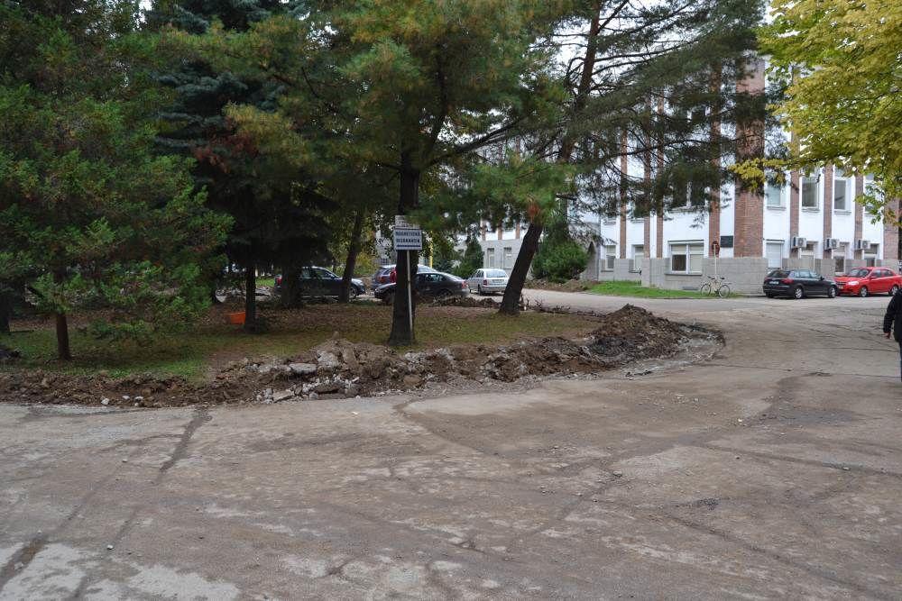 Práce na rekonštrukcii parkoviska v areáli žilinskej nemocnice, foto 4