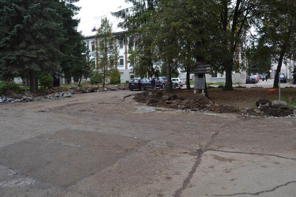 Práce na rekonštrukcii parkoviska v areáli žilinskej nemocnice, foto 5